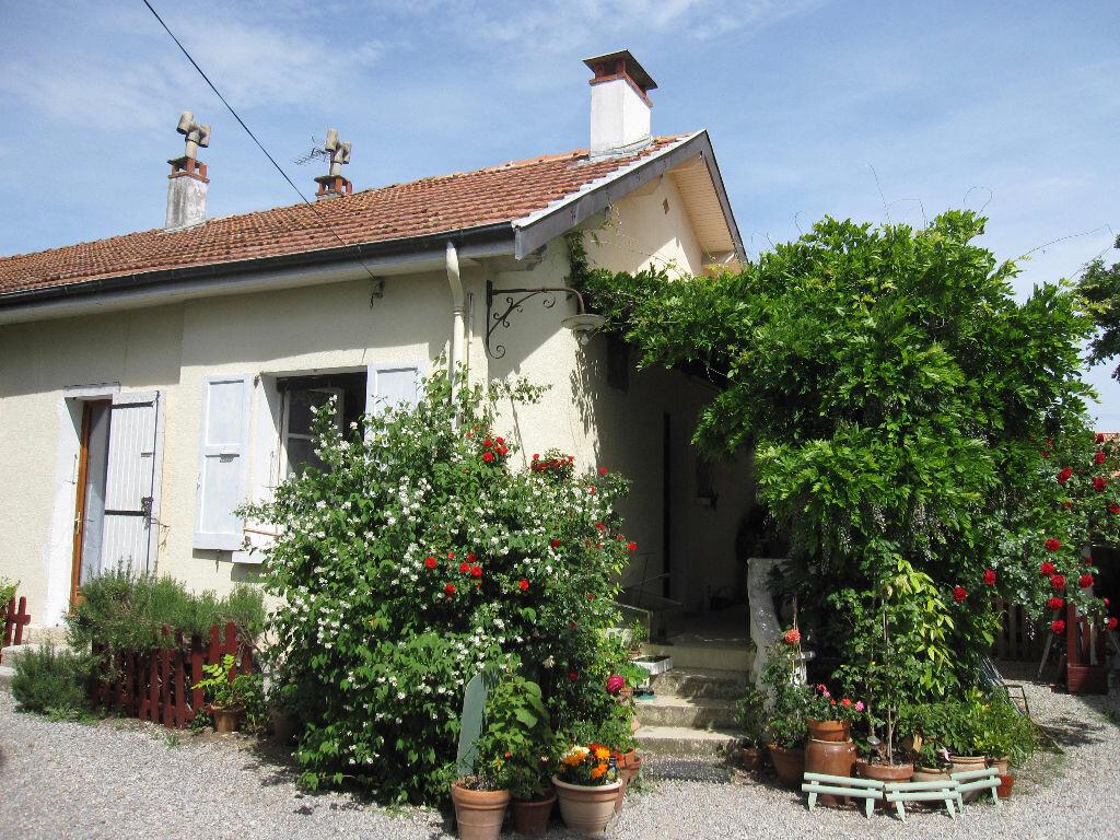 Achat Maison 5 pièces à Château-Arnoux-Saint-Auban - vignette-1