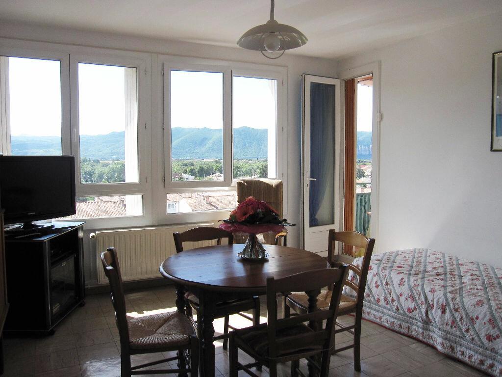 Achat Appartement 3 pièces à Château-Arnoux-Saint-Auban - vignette-1
