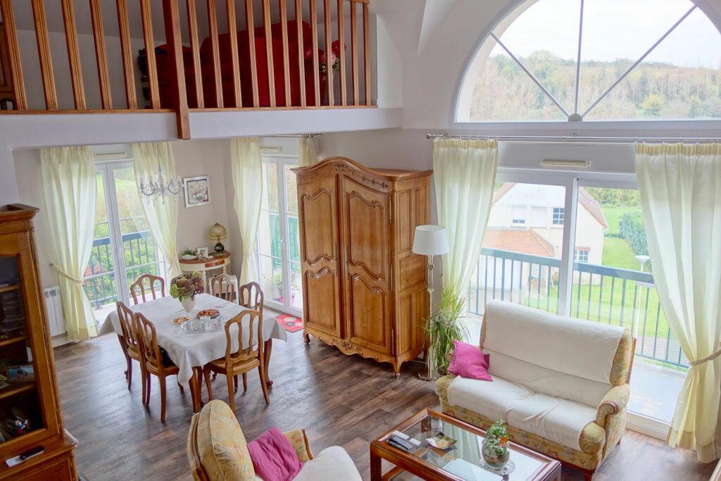 Achat Appartement 5 pièces à Saint-Martin-Boulogne - vignette-1