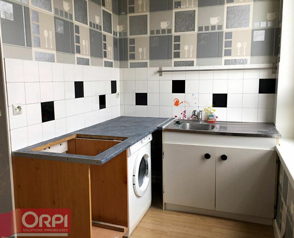 Location Appartement 2 pièces à Boulogne-sur-Mer - vignette-3