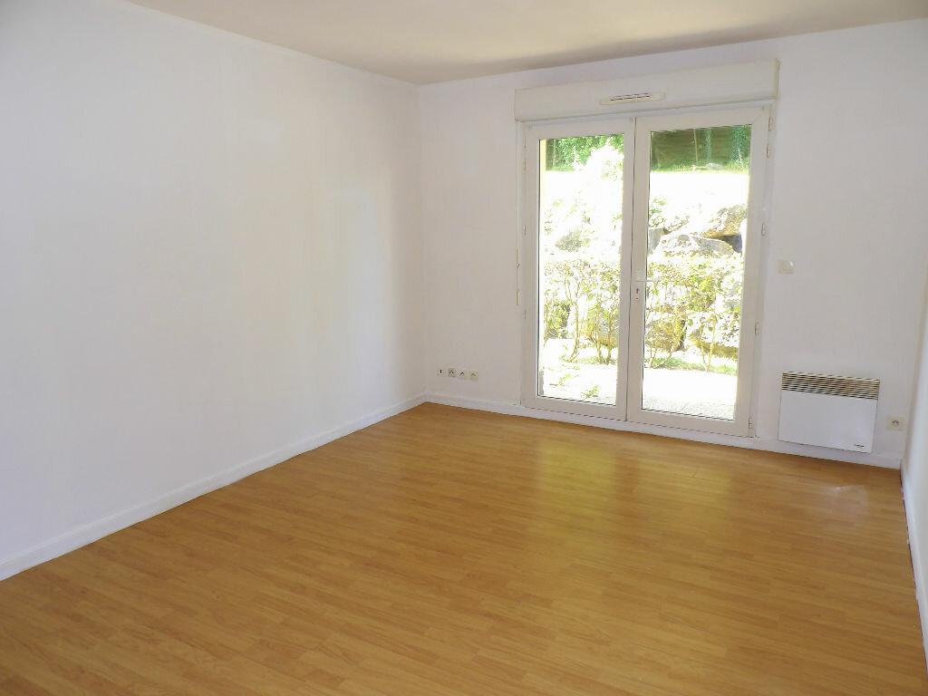 Location Appartement 2 pièces à Saint-Martin-Boulogne - vignette-1