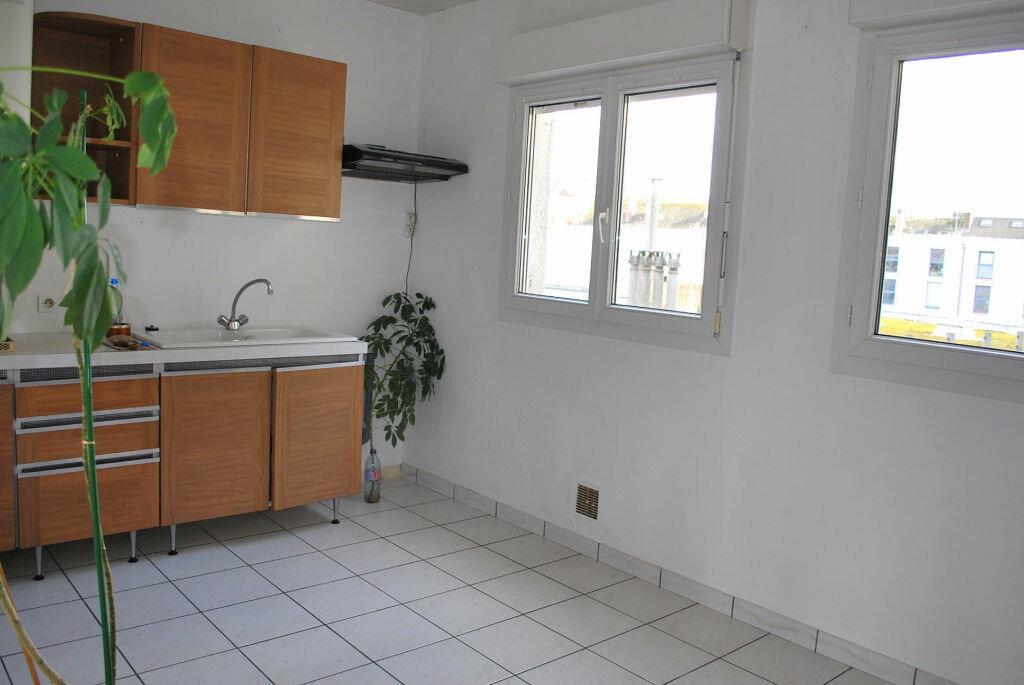 Achat Appartement 4 pièces à Boulogne-sur-Mer - vignette-3