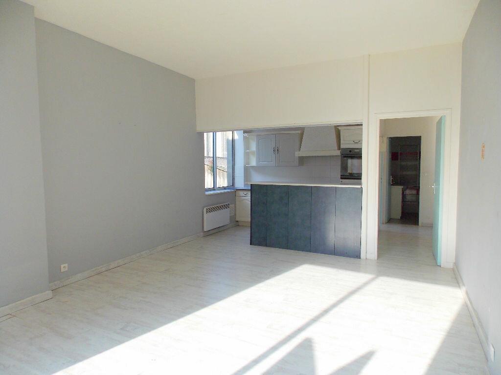 Achat Appartement 2 pièces à Boulogne-sur-Mer - vignette-3
