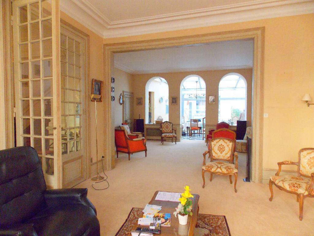 Achat Maison 15 pièces à Boulogne-sur-Mer - vignette-3