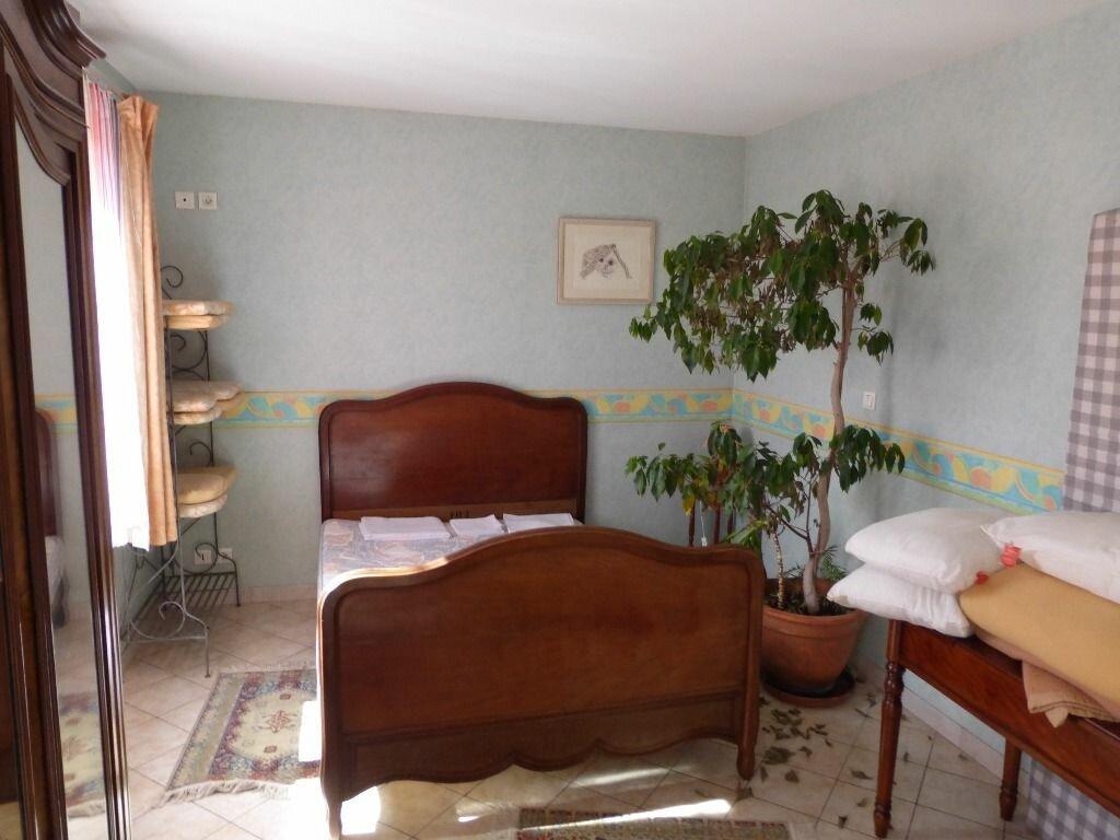 Achat Maison 18 pièces à Montreuil-aux-Lions - vignette-5