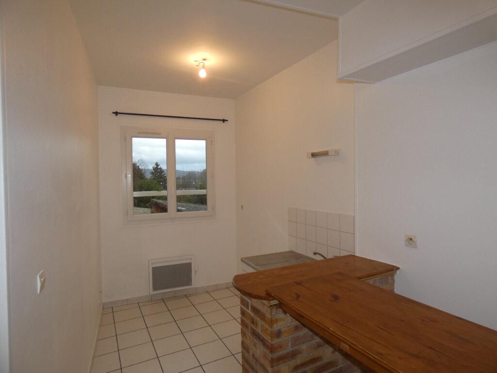 Location Appartement 3 pièces à Château-Thierry - vignette-1