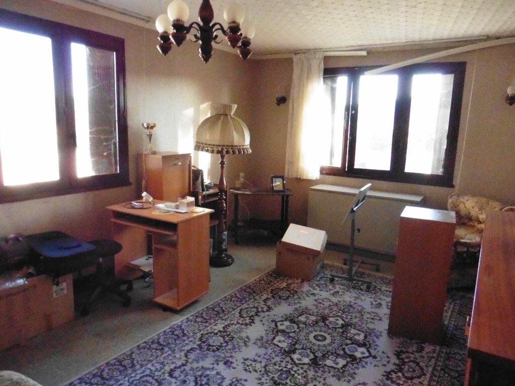 Achat Maison 6 pièces à Charly-sur-Marne - vignette-6