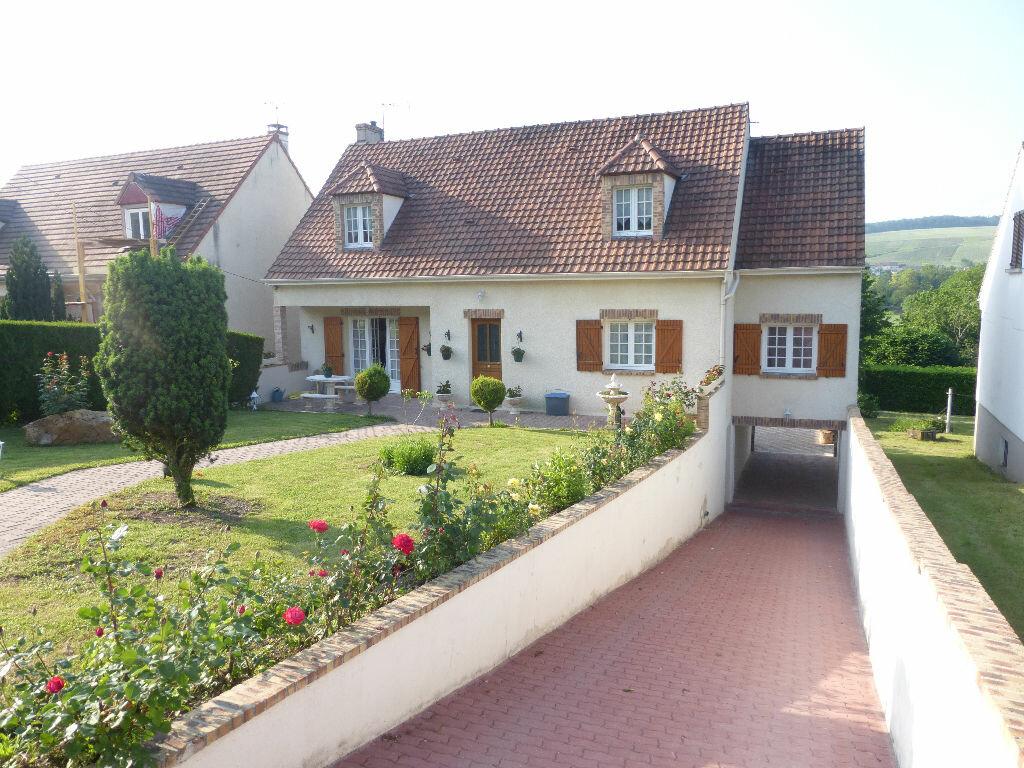 Achat Maison 8 pièces à Charly-sur-Marne - vignette-1