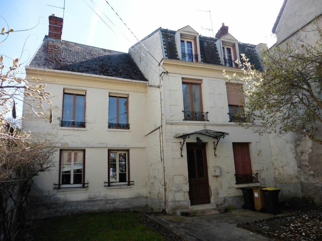 Achat Maison 8 pièces à Villers-Cotterêts - vignette-1