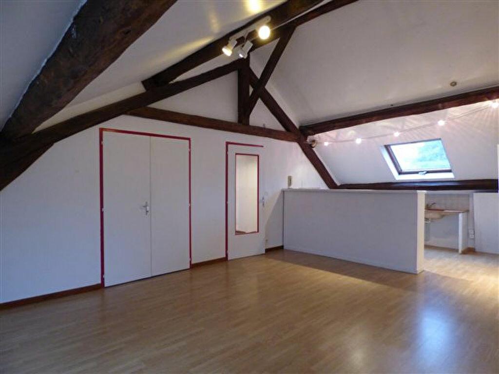 Location Appartement 4 pièces à Château-Thierry - vignette-1