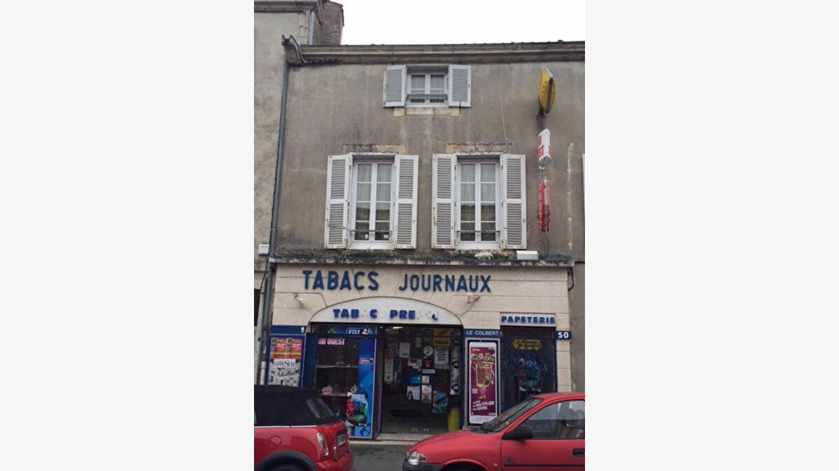 Achat Immeuble  à La Rochelle - vignette-1