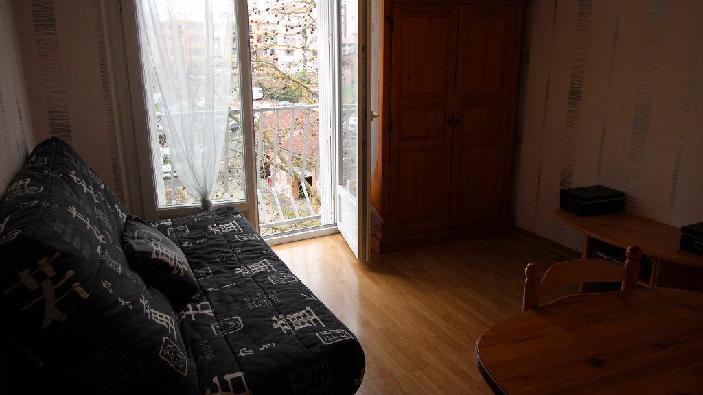 Achat Appartement 1 pièce à Montauban - vignette-1