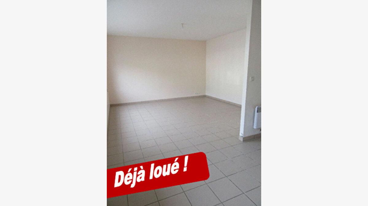 Location Appartement 3 pièces à Garlin - vignette-1