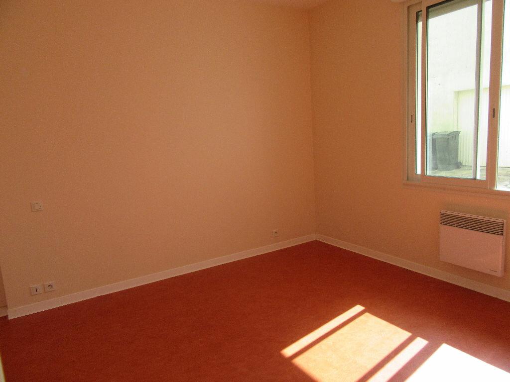 Location Appartement 3 pièces à Garlin - vignette-4