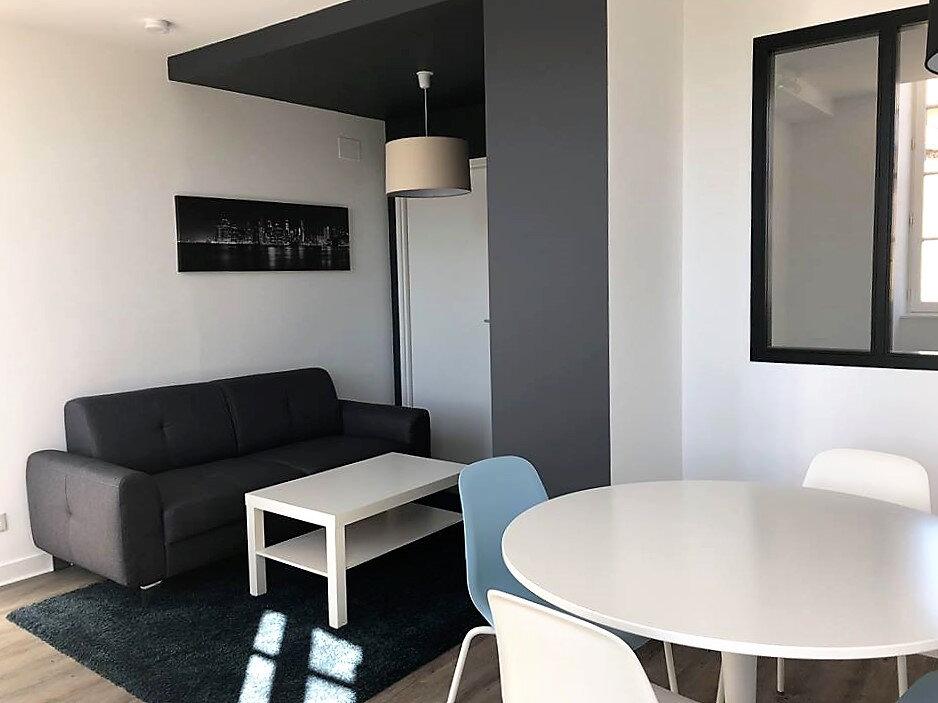 Location Appartement 1 pièce à Aire-sur-l'Adour - vignette-2