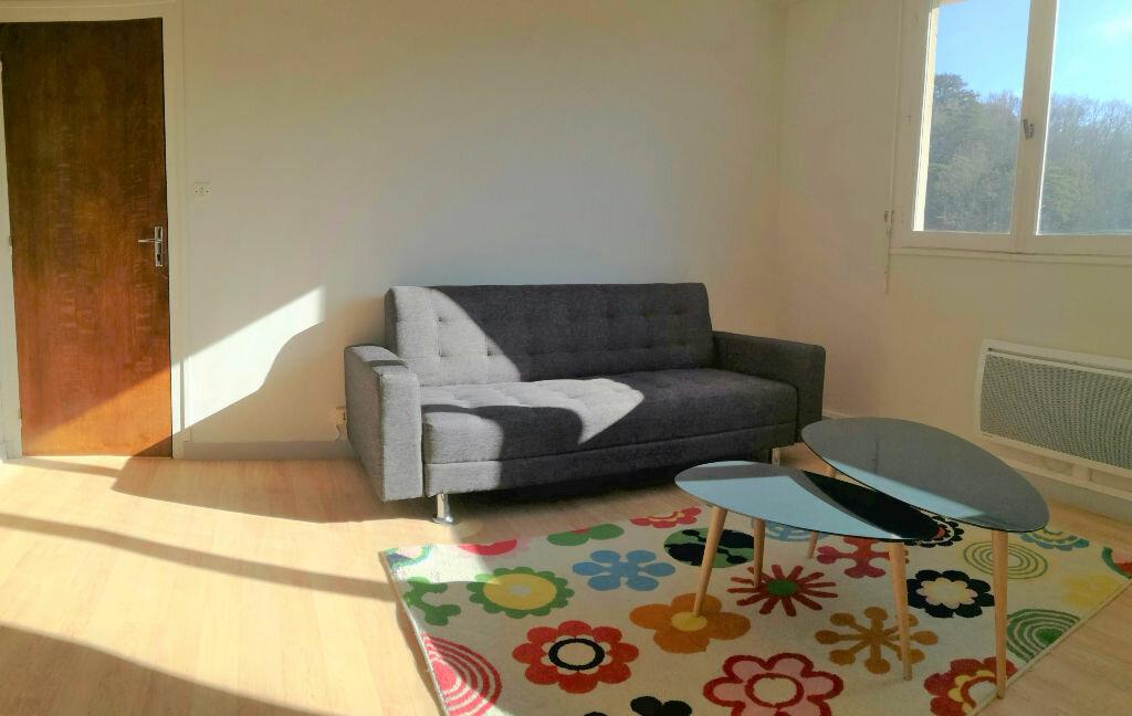 Location Appartement 1 pièce à Aire-sur-l'Adour - vignette-1
