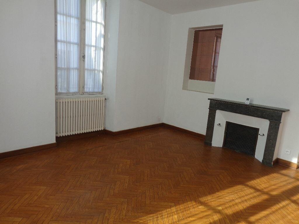 Location Appartement 3 pièces à Aire-sur-l'Adour - vignette-1