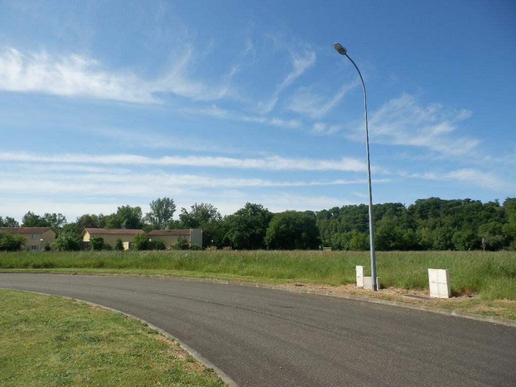 Achat Terrain  à Aire-sur-l'Adour - vignette-1