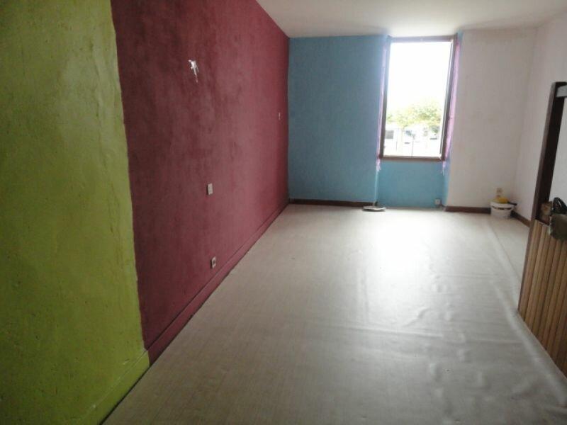 Location Appartement 1 pièce à Cazères-sur-l'Adour - vignette-1