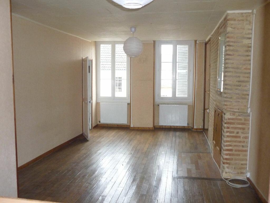 Location Appartement 2 pièces à Sully-sur-Loire - vignette-2