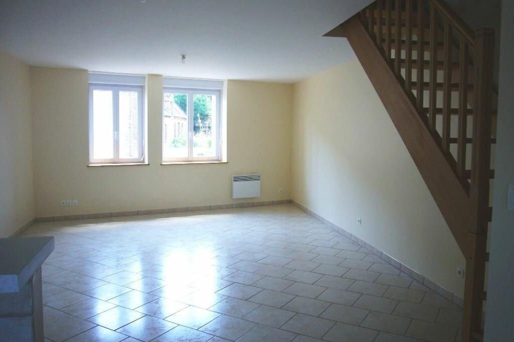 Location Appartement 3 pièces à Saint-Florent - vignette-1