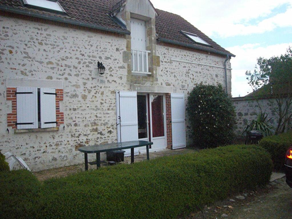 Location Maison 5 pièces à Bouzy-la-Forêt - vignette-1