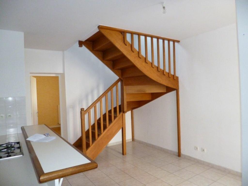 Location Appartement 3 pièces à Sully-sur-Loire - vignette-1