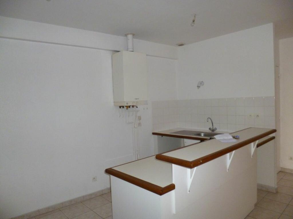Location Appartement 3 pièces à Sully-sur-Loire - vignette-2
