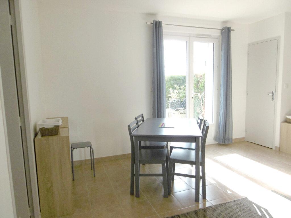 Location Appartement 1 pièce à Sully-sur-Loire - vignette-3