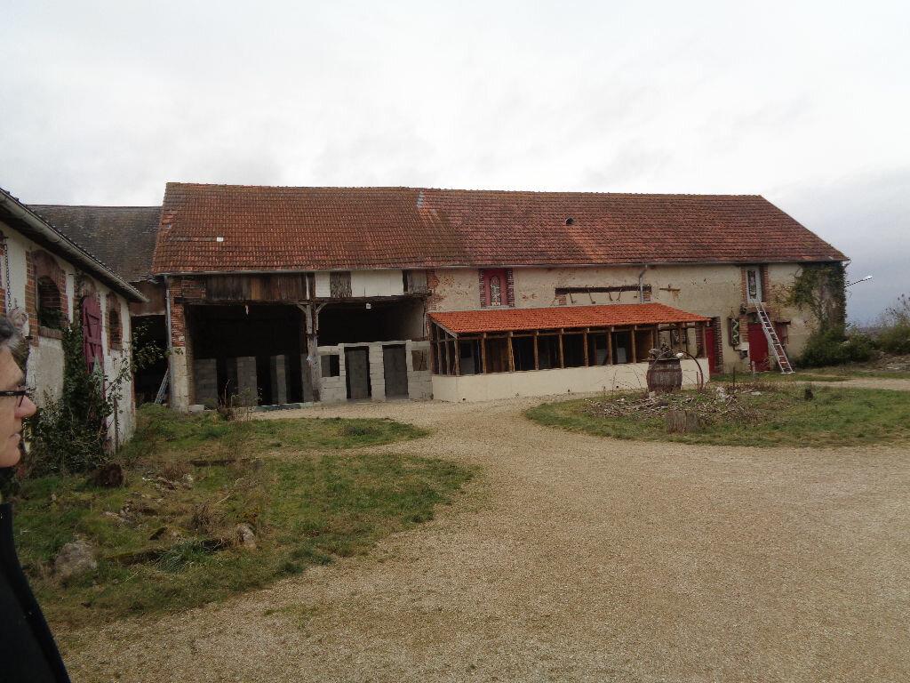 Achat Maison 10 pièces à Saint-Maurice-sur-Aveyron - vignette-12
