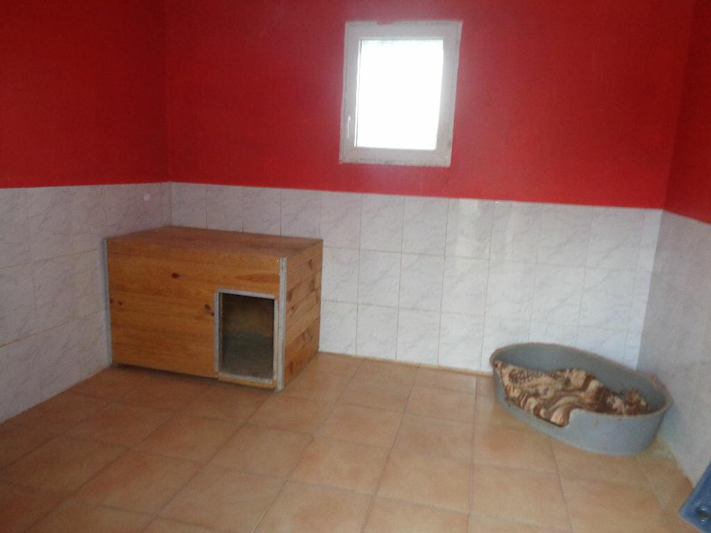 Achat Maison 10 pièces à Saint-Maurice-sur-Aveyron - vignette-13