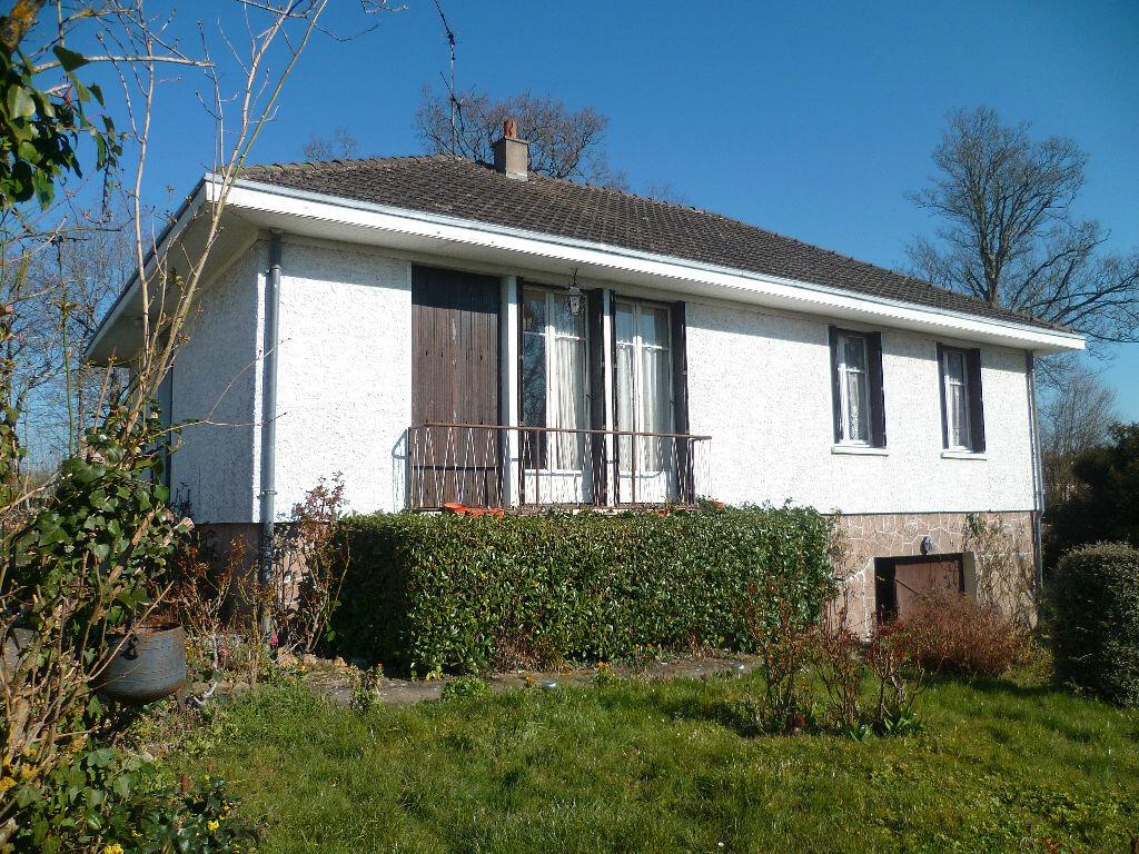 Achat Maison 4 pièces à Saint-Maurice-sur-Aveyron - vignette-1