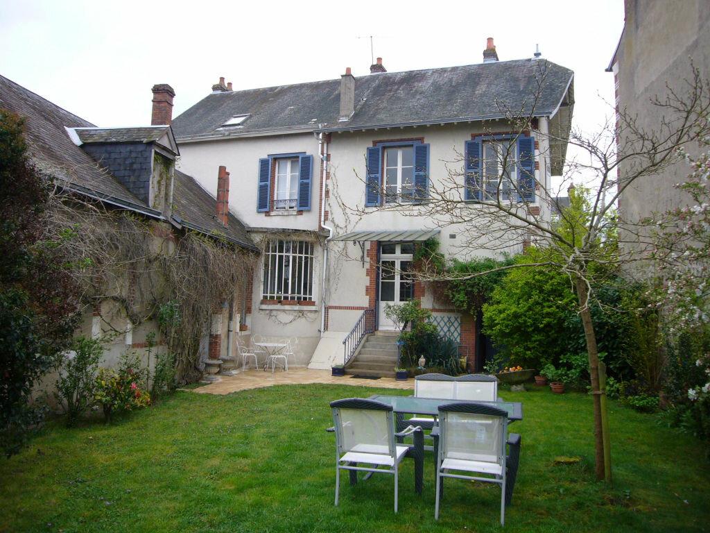 Achat Maison 7 pièces à Sully-sur-Loire - vignette-1