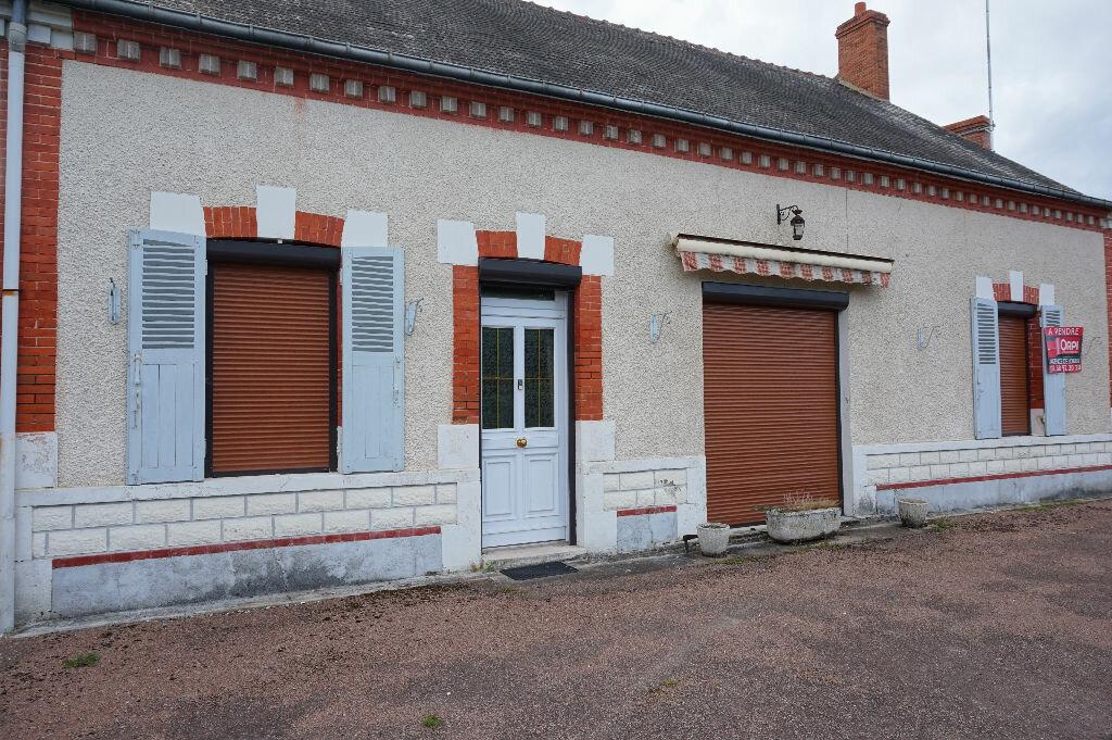 Achat Maison 4 pièces à Beauchamps-sur-Huillard - vignette-2