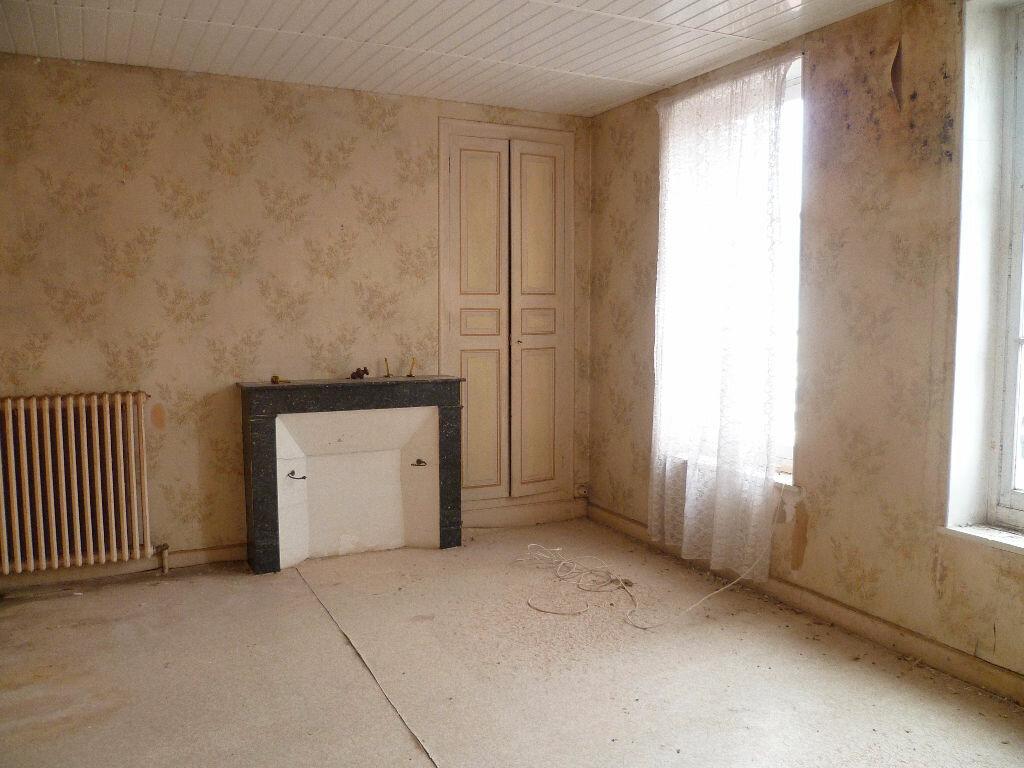 Achat Maison 4 pièces à Sainte-Geneviève-des-Bois - vignette-4