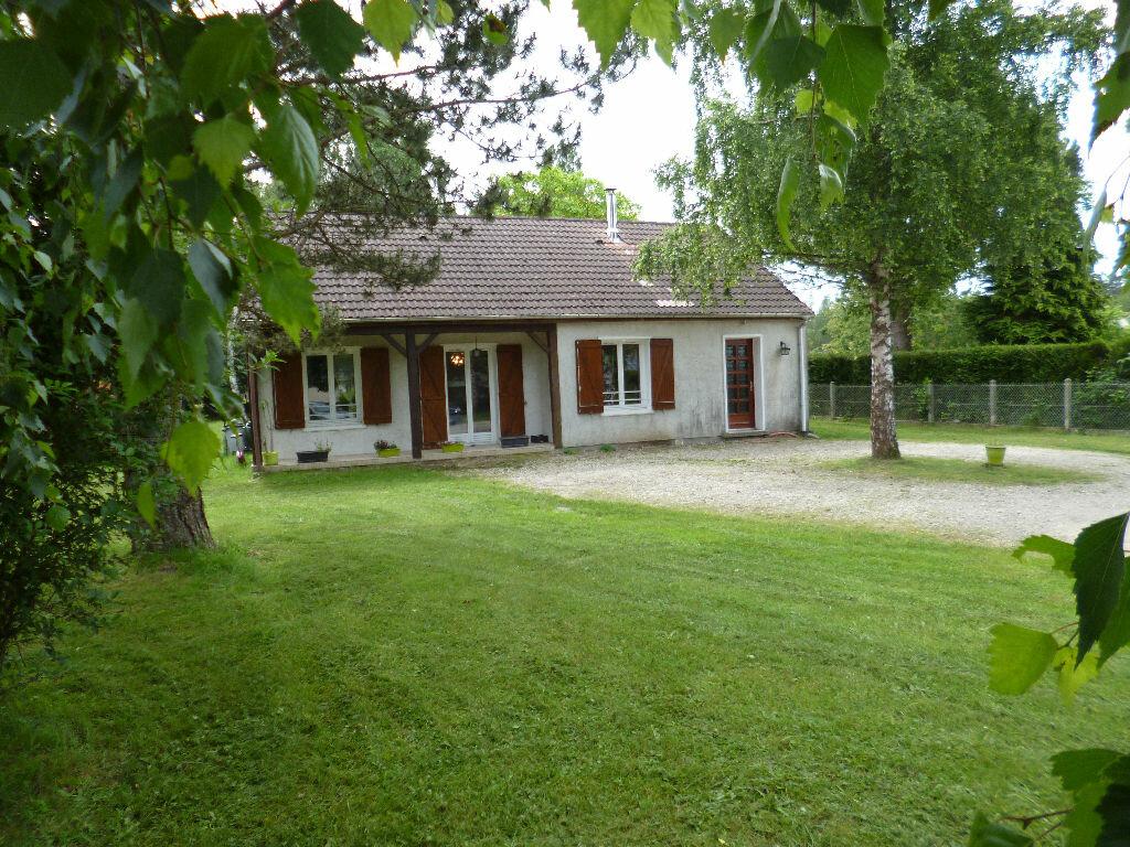 Achat Maison 5 pièces à Bouzy-la-Forêt - vignette-1