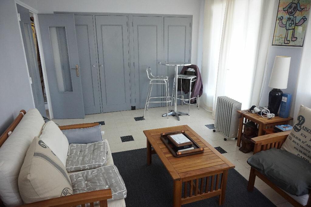 Achat Maison 3 pièces à Saint-Florent - vignette-4