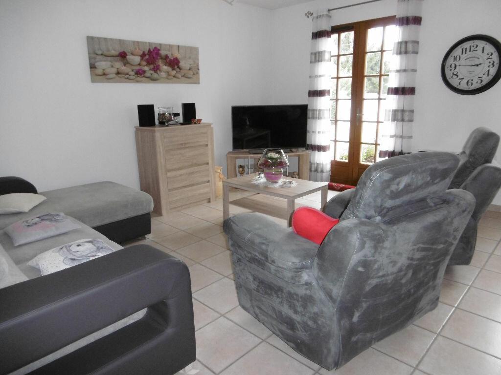 Location Maison 5 pièces à Châteauneuf-sur-Loire - vignette-4