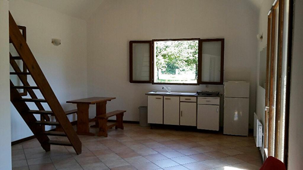 Location Maison 2 pièces à Nogent-sur-Vernisson - vignette-2