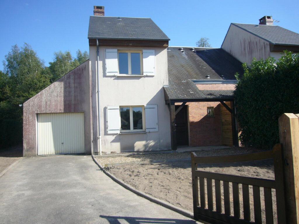 Location Maison 3 pièces à Les Choux - vignette-1