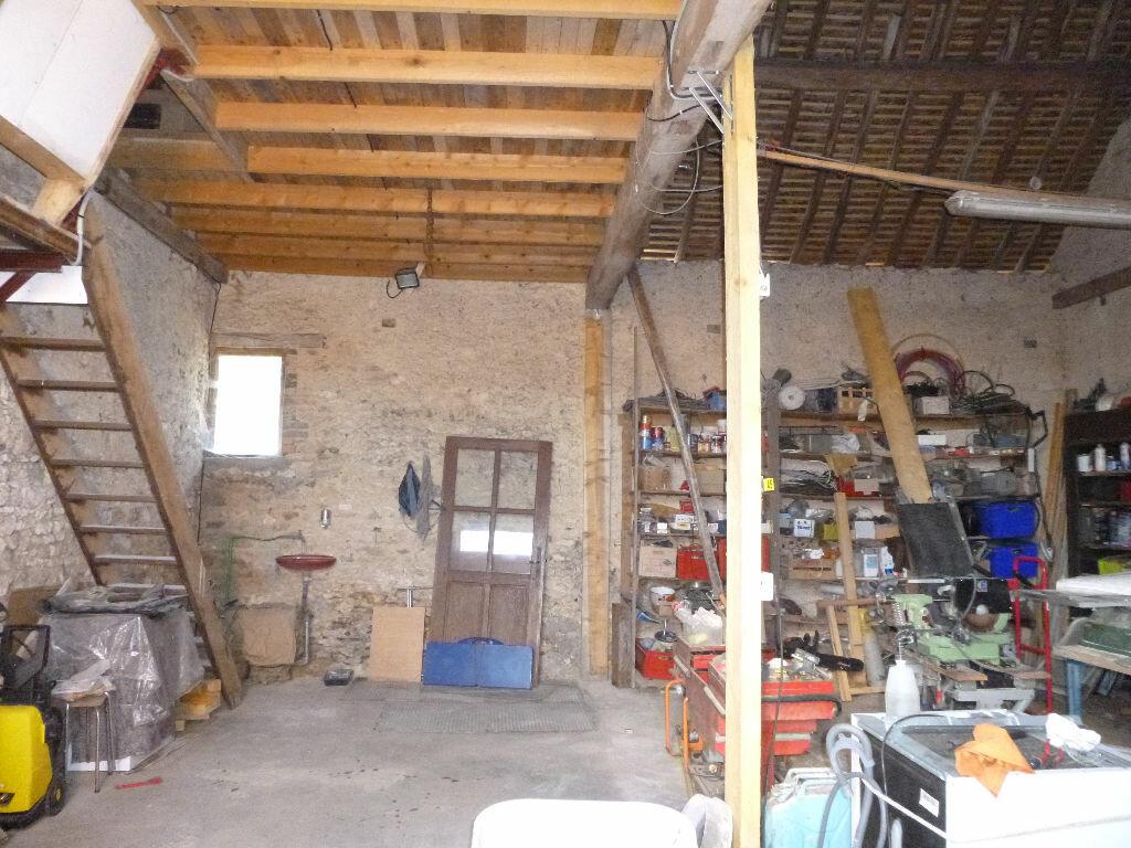 Achat Maison 7 pièces à Pressigny-les-Pins - vignette-15