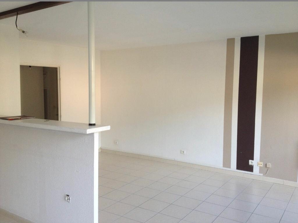 Location Appartement 3 pièces à Carros - vignette-5