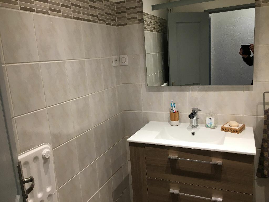 Achat Appartement 4 pièces à Carros - vignette-12