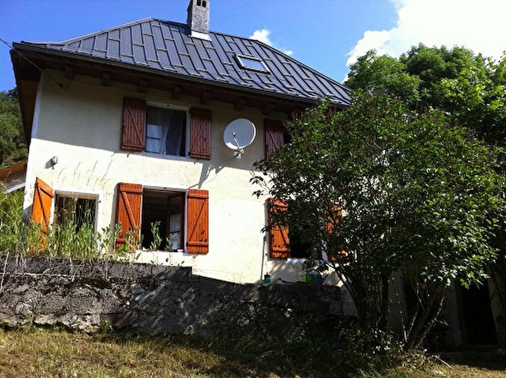 Achat Maison 4 pièces à Entremont-le-Vieux - vignette-1