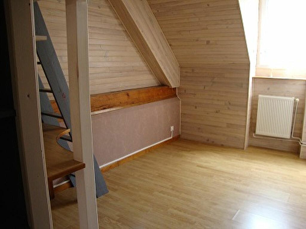 Achat Maison 4 pièces à Saint-Laurent-du-Pont - vignette-4