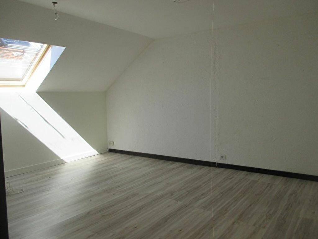 Achat Appartement 3 pièces à Saint-Laurent-du-Pont - vignette-3