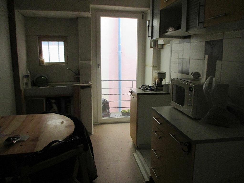 Achat Appartement 2 pièces à Entre-deux-Guiers - vignette-2