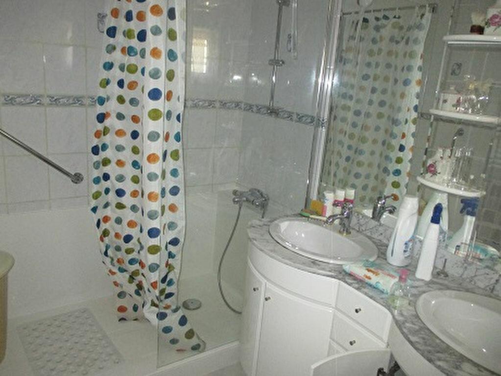 Achat Appartement 3 pièces à Entre-deux-Guiers - vignette-5