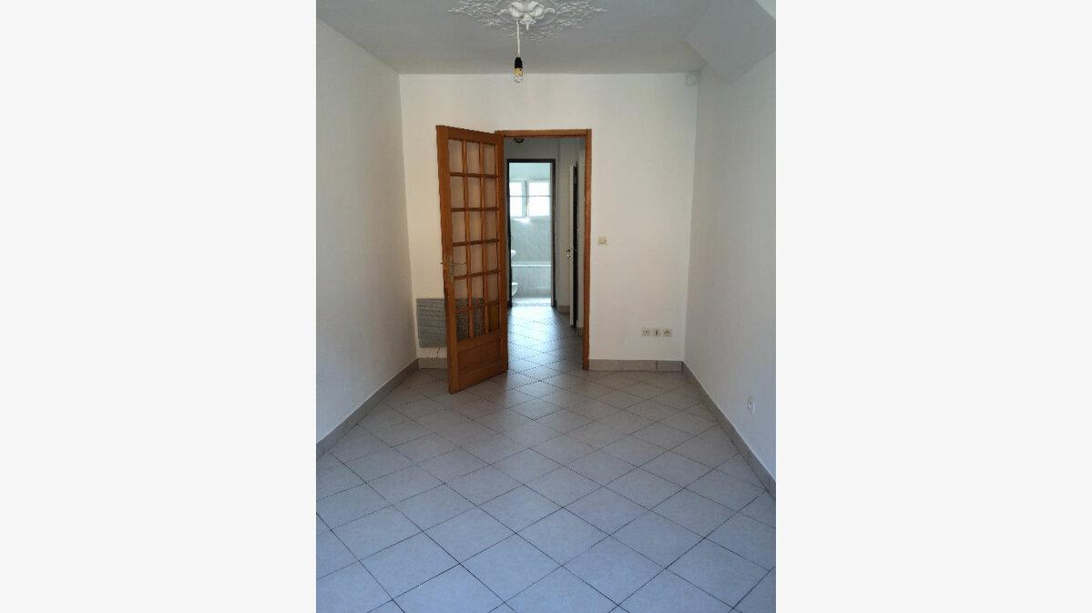 Location Appartement 1 pièce à Bonnelles - vignette-1