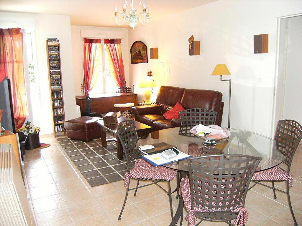 Location Appartement 3 pièces à Forges-les-Bains - vignette-1
